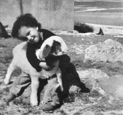 Fotoğraf 1: Yıl 1987, Köydeki evimizin hemen arkası